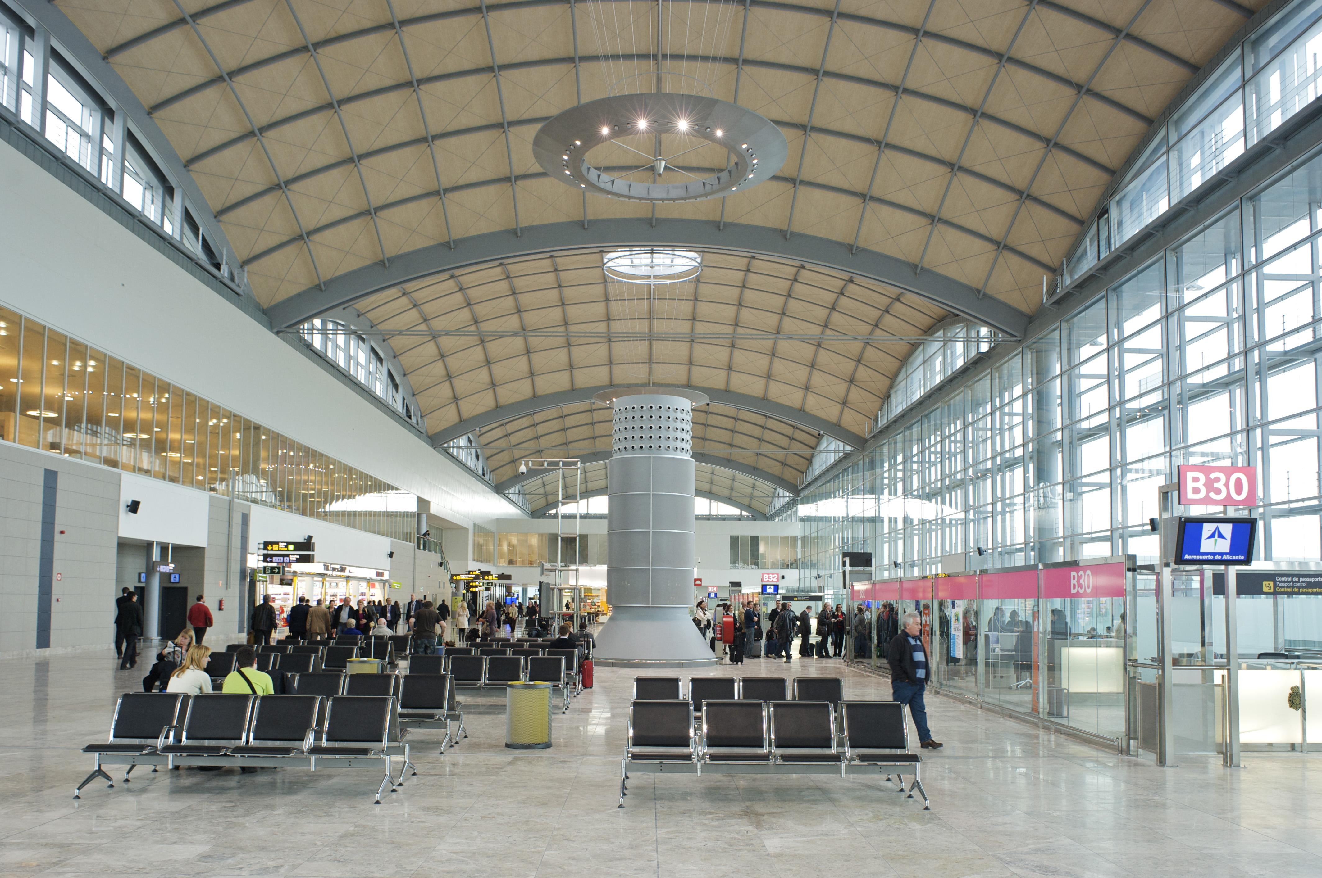 Рейсы аэропорта аликанте