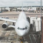 Derechos de los viajeros cuando un vuelo se ve retrasado en el aeropuerto